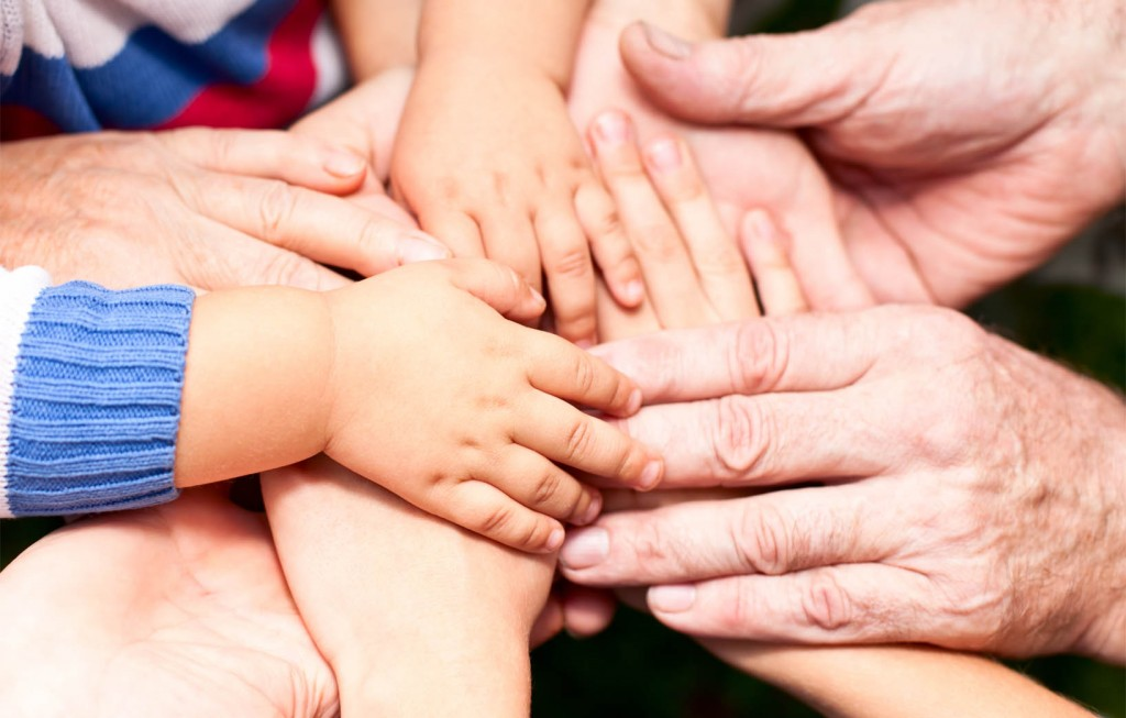hands_family