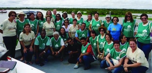 Líderes do trabalho feminino da Igreja Presbiteriana do Brasil relatam sua experiência missionária no Rio Solimões