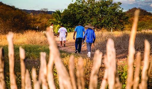 Trabalho missionário no sertão nordestino leva o Evangelho para famílias inteiras da zona urbana e rural